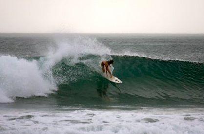 Surfing Playa Mederas Nicaragua