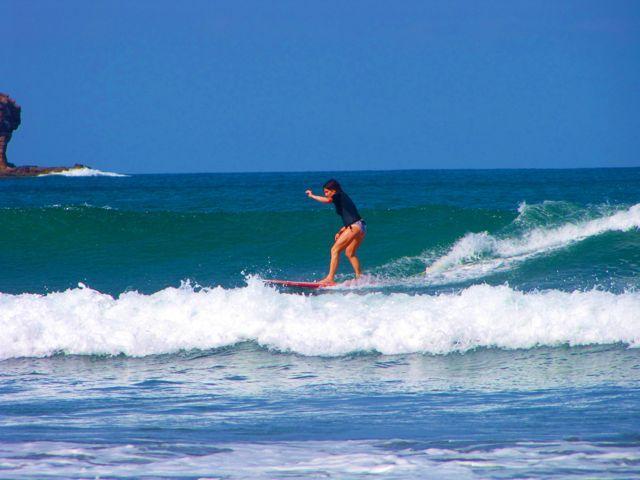 Surfing Playa Hermosa Nicaragua